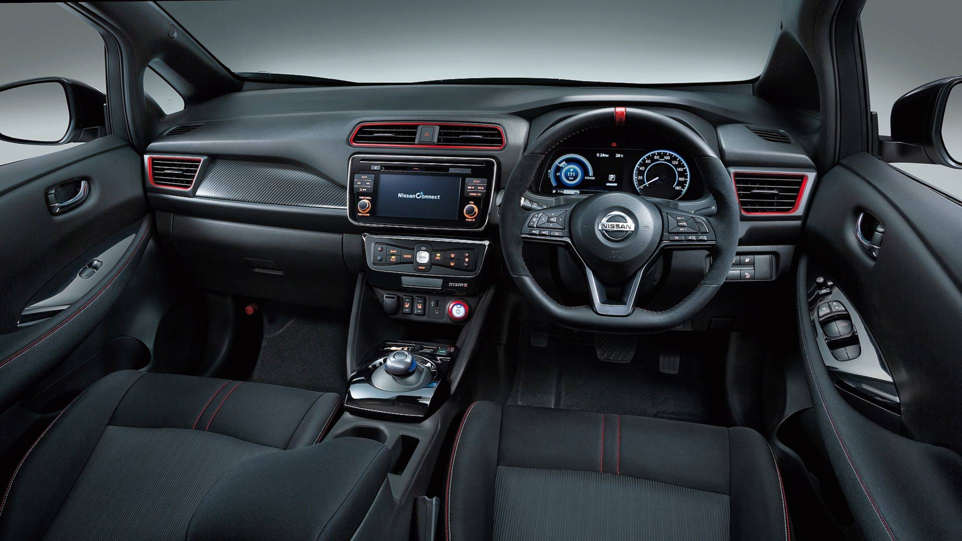 Painel do novo Nissan Leaf Nismo