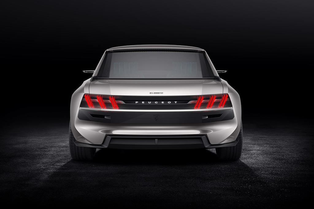 Conceito da Peugeot e-Legend