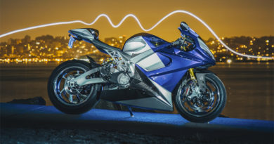 Moto Elétrica Lightning LS-218 - Foto: Spenser Robert