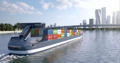 Port-Liner Electric Barge