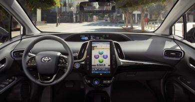 Interior do novo Toyota Prius Prime