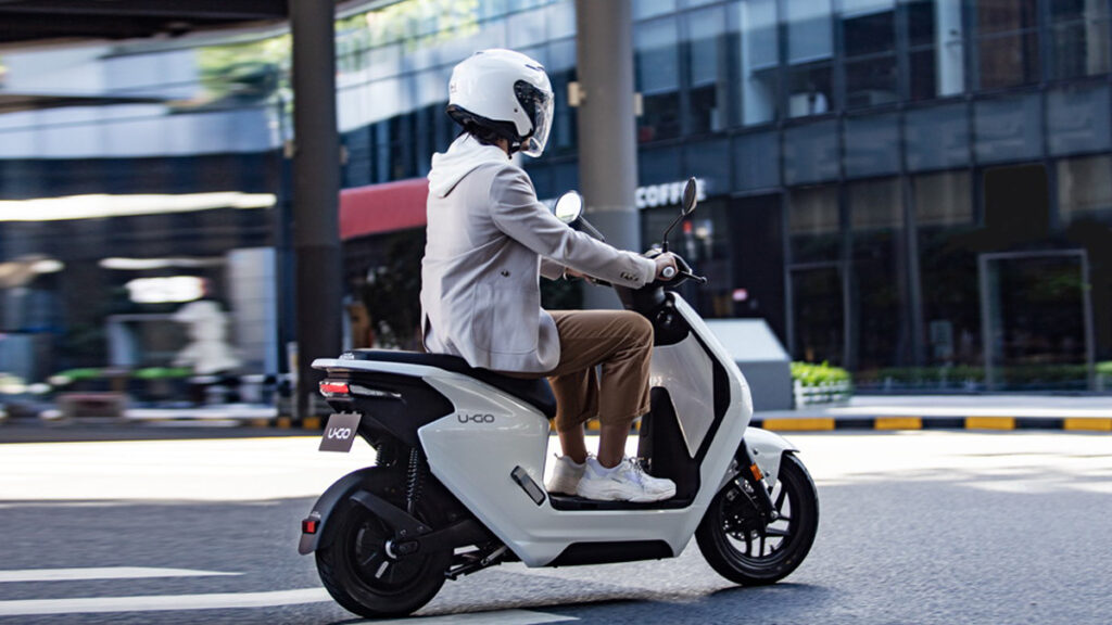 Scooter elétrica Honda U-GO
